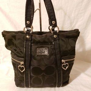Coach cc logo shoulder bag